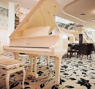 Пиано бар москва прикольные стихи о девушках на работе