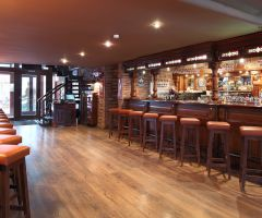 Hop Head Craft Beer Pub